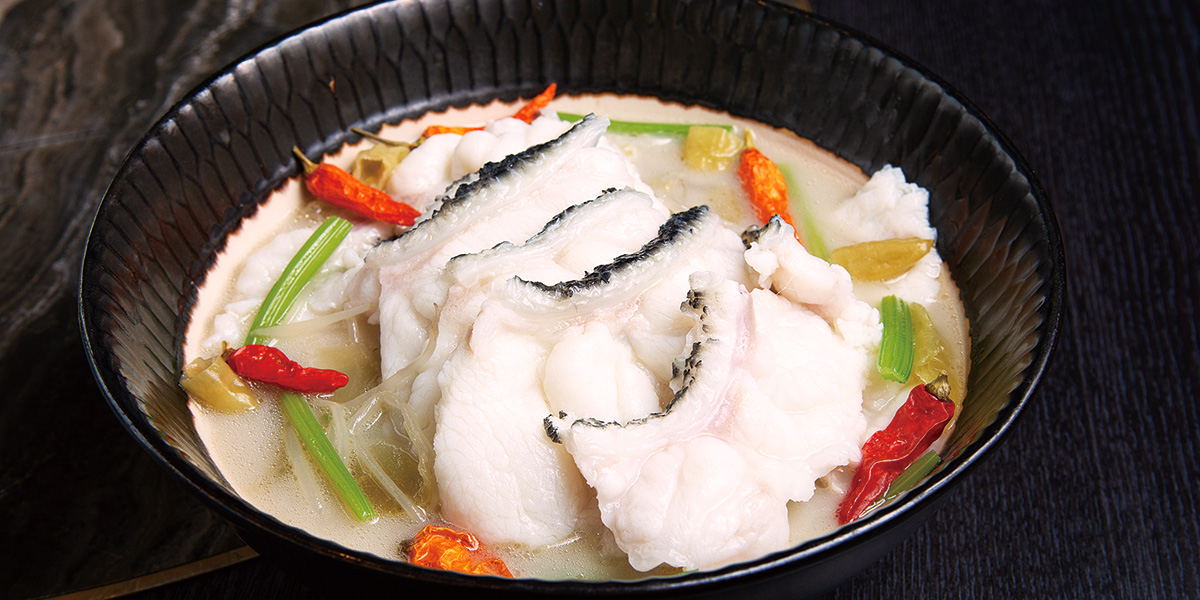 Poached Giant Garoupa Fillet, Sichuan Chili Fish Broth<br/>「川粵」龍躉
