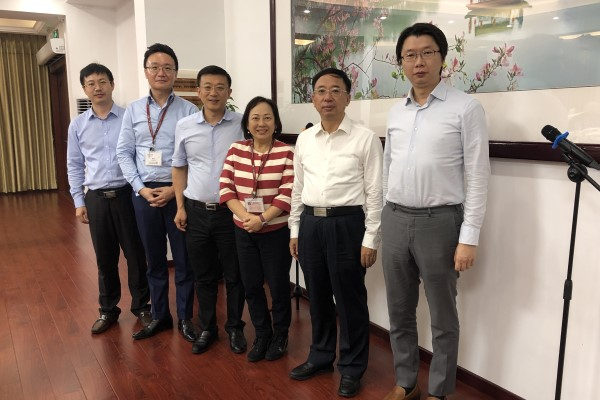 Following an invitation from Zhaoqing Municipal Government Mayor Fan Zhongjie, China Committee Chairman Petrina Tam led a delegation to visit the city on 11-12 July.