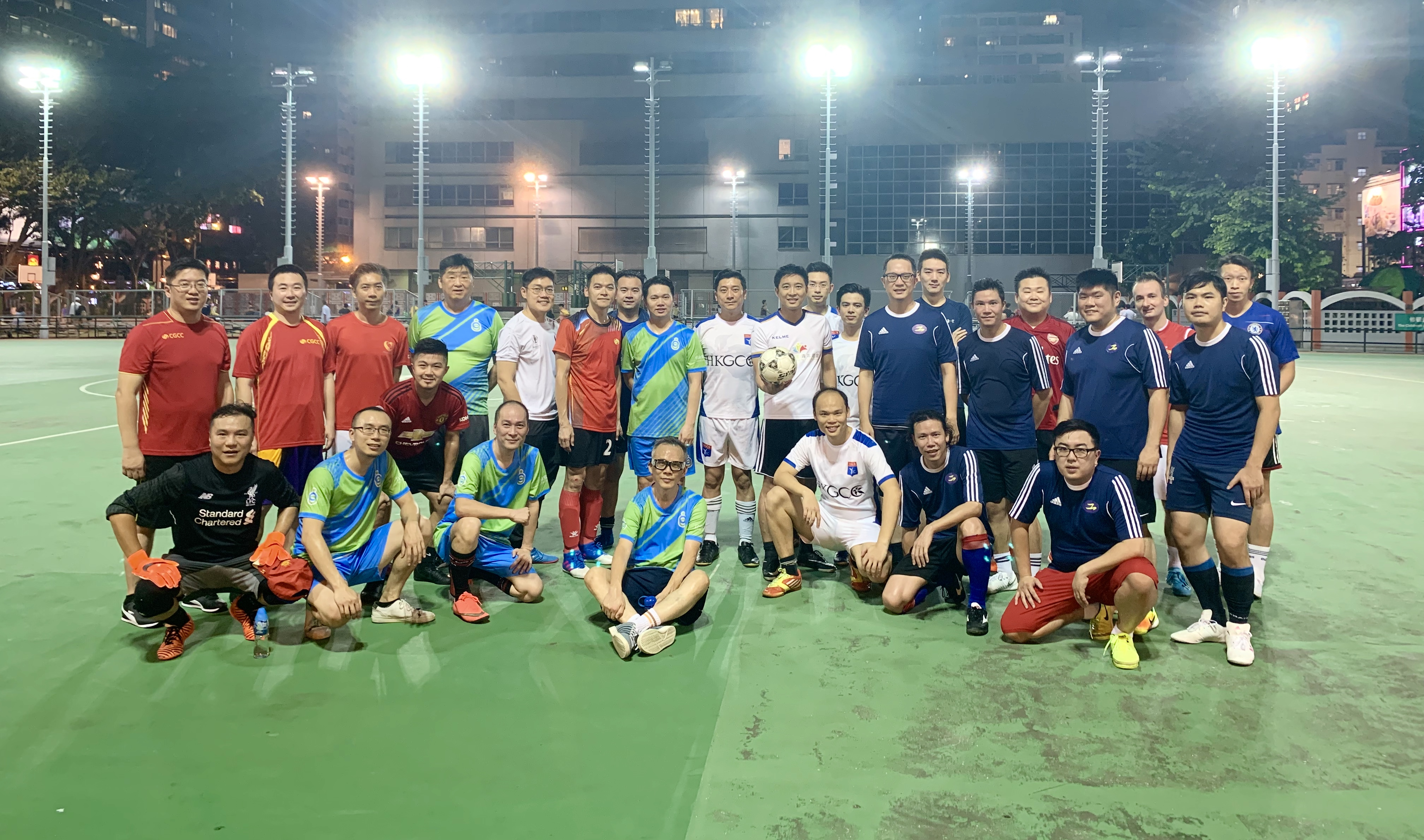 YEC Chairman Eric Fok led the club's football team to participate in a friendly match.